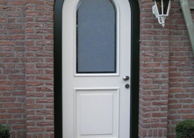 1391612352voordeur-Van-Doorne-Liessel-400x284